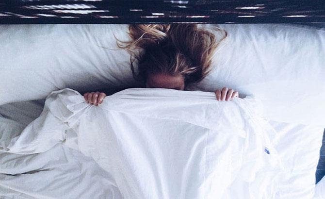 7 cách để thức dậy trong một tâm trạng tốt hơn