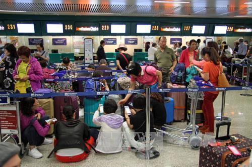 Bristish Airway chi 100 triệu bảng đền bù hành khách do hủy và hoãn các chuyến bay