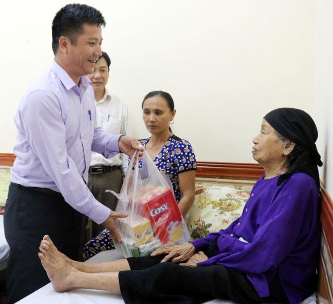Dâng Mẹ, tấm lòng, tri ân, cống hiến, hy sinh, Bà Mẹ Việt Nam Anh hùng