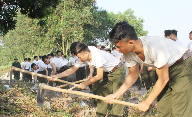 TP Bắc Giang: Hơn 1 nghìn người tham gia vệ sinh môi trường