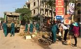 Thị trấn Chũ ra quân chiến dịch cao điểm vệ sinh môi trường