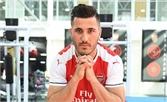 Arsenal chính thức trình làng tân binh đầu tiên trong mùa hè 2017