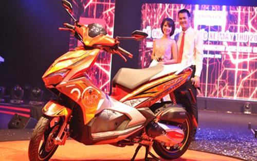 Honda Việt Nam bán gần 1 triệu xe máy mỗi năm