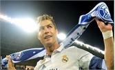 Cristiano Ronaldo trở thành vận động viên kiếm tiền giỏi nhất