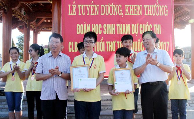 Khen thưởng, đột xuất ,học sinh, đoạt giải, cuộc thi, CLB Toán tuổi thơ, toàn quốc 2017