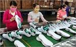Xuất khẩu dệt may và giày dép mang về 15 tỷ USD trong 5 tháng