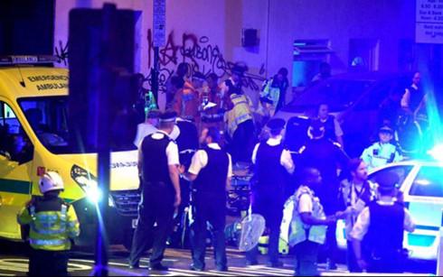 Cảnh sát, chống khủng bố, Anh, điều tra, đâm xe, London