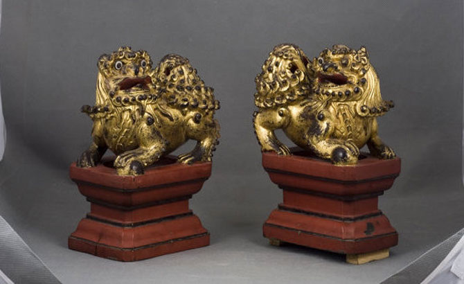 Exhibition showcases rare lacquered and gilded wooden objects