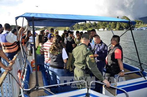 Vụ chìm tàu du lịch tại Colombia: Số người thiệt mạng tiếp tục tăng