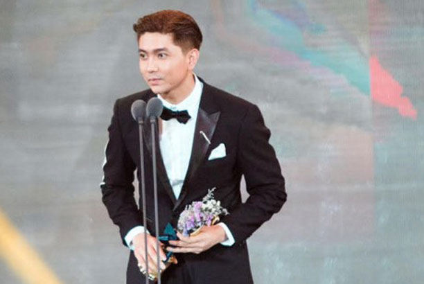 Vietnamese singer wins Asia Model Awards 2017