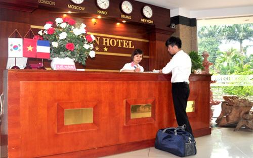 Khoán thanh toán tiền thuê phòng nghỉ đi công tác 450.000 đồng/ngày