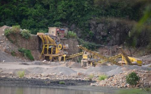 Bộ Văn hóa, Thể thao và Du lịch yêu cầu tỉnh Quảng Ninh kiểm tra việc khai thác đá ở vịnh Hạ Long