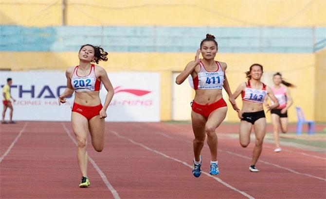 Vietnam send athletes to vie for Asia titles