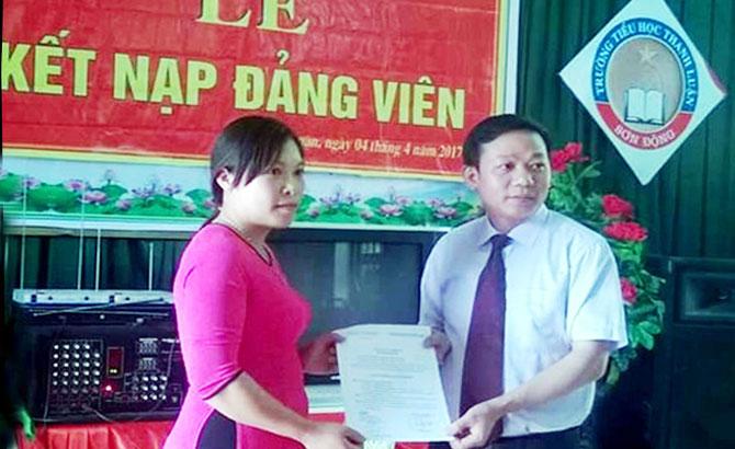 Sơn Động: Kết nạp đảng viên đạt 65% kế hoạch