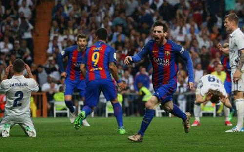 Messi gia hạn với Barca tới năm 2021