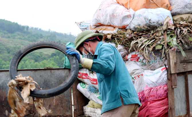 Lục Nam: Thu gom hơn 400 tấn rác