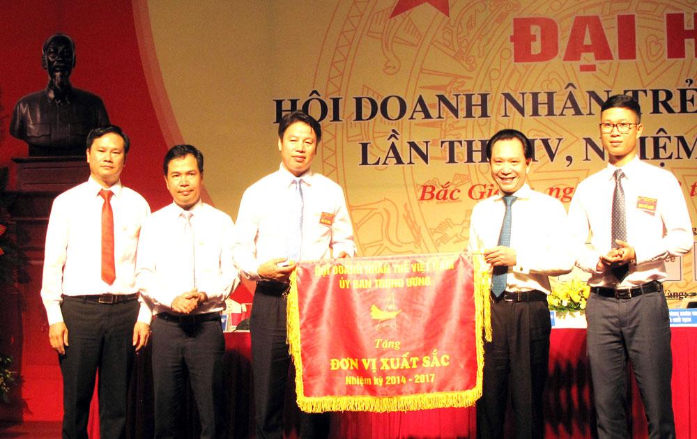 Đại hội Hội Doanh nhân trẻ lần thứ IV: Đẩy mạnh kết nối, hỗ trợ hội viên