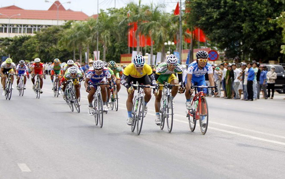 """""""Returning to Truong Son"""" cycling race to open"""