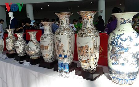 Độc đáo sản phẩm lưu niệm du lịch và quà tặng APEC 2017