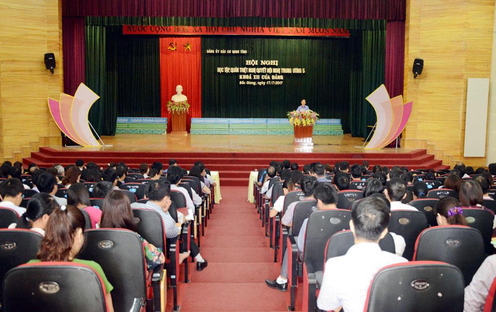 Đảng uỷ Các cơ quan tỉnh quán triệt Nghị quyết T.Ư 5 (khóa XII)