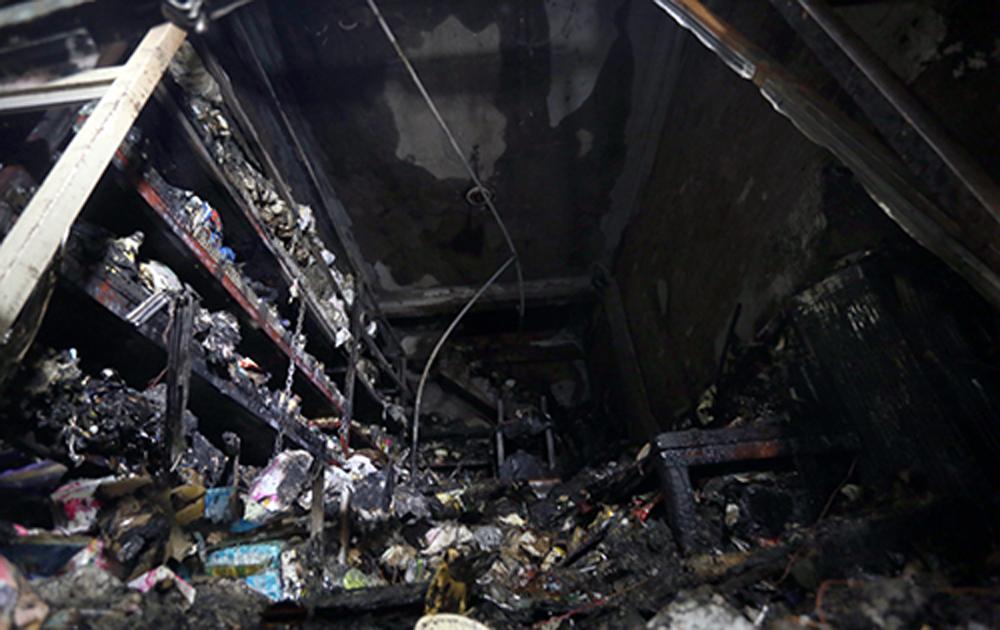 Hai mẹ con chết ngạt trong đám cháy cửa hàng ở Hà Nội