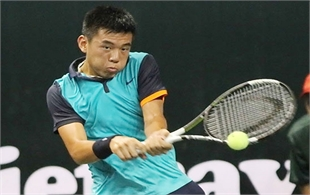Ly Hoang Nam among world top 500 tennis players