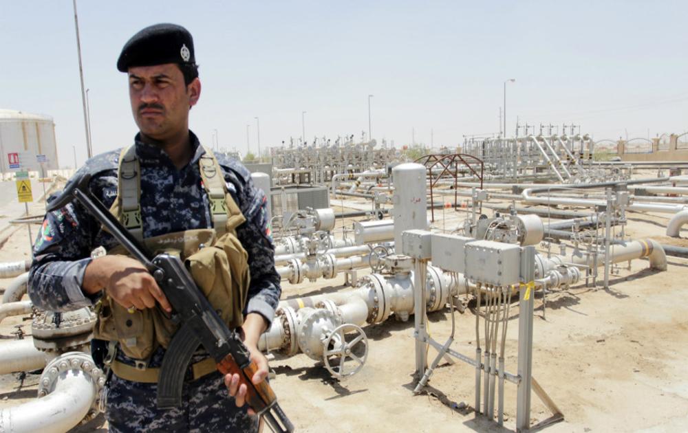 Quân đội Syria giành lại 15 mỏ dầu khí từ tay IS tại Raqqa