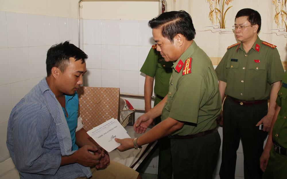 Lực lượng Cảnh sát nhân dân Bắc Giang: Nêu cao trách nhiệm, vì cuộc sống bình yên của nhân dân