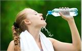 """8 thời điểm """"vàng"""" uống nước trong ngày tốt nhất cho sức khỏe"""
