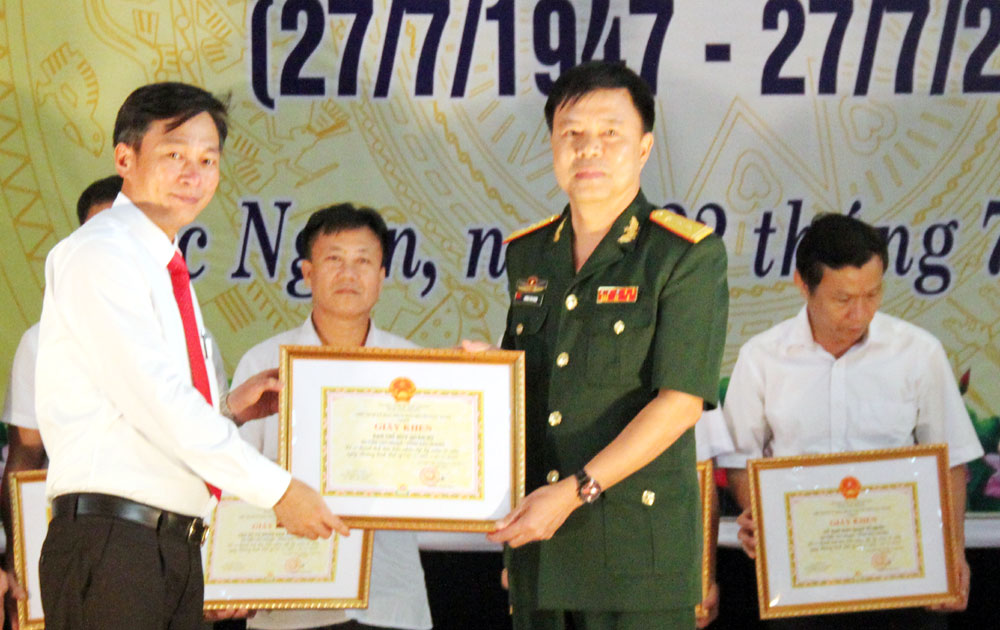Huyện Lục Ngạn kỷ niệm 70 năm Ngày Thương binh - Liệt sĩ