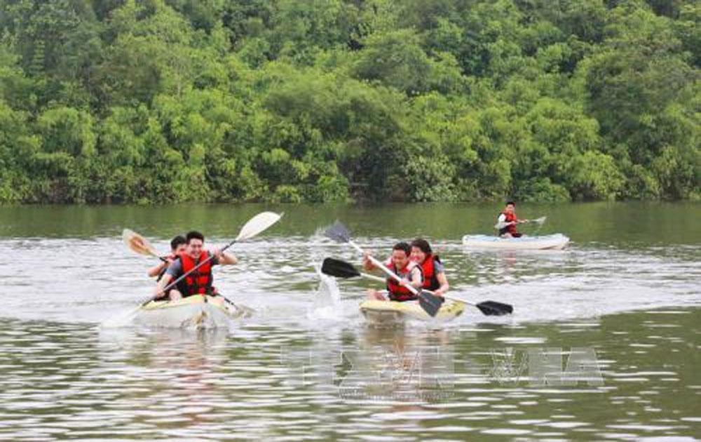 Lâm Đồng cho phép 10 đơn vị tổ chức du lịch thể thao mạo hiểm