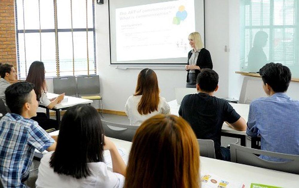 Học bổng học thạc sĩ quản trị kinh doanh tại Đại học Anh quốc Việt Nam