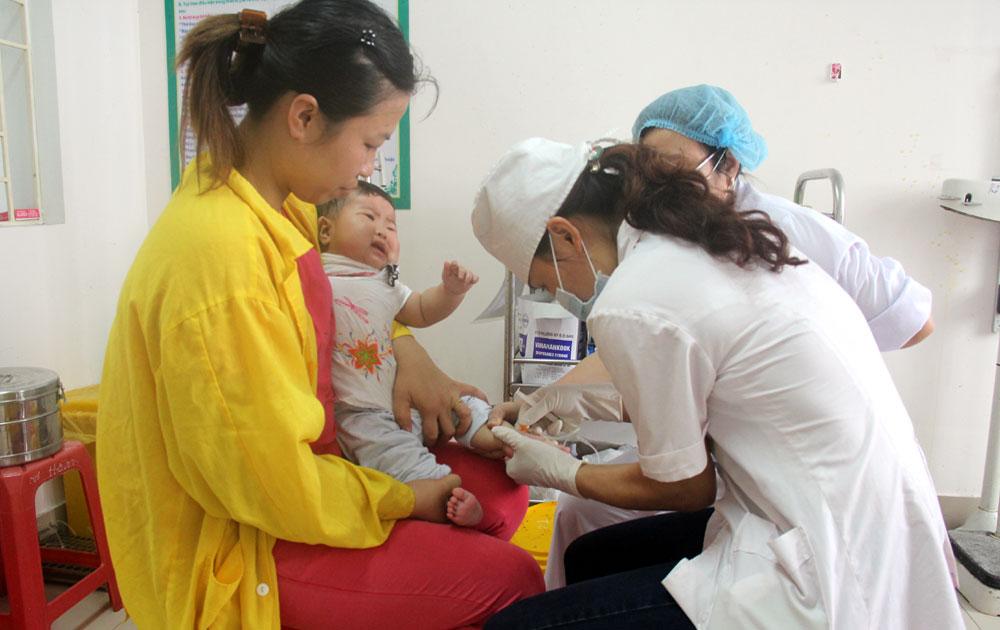 Gia tăng trẻ bị bệnh đường hô hấp phải nhập viện