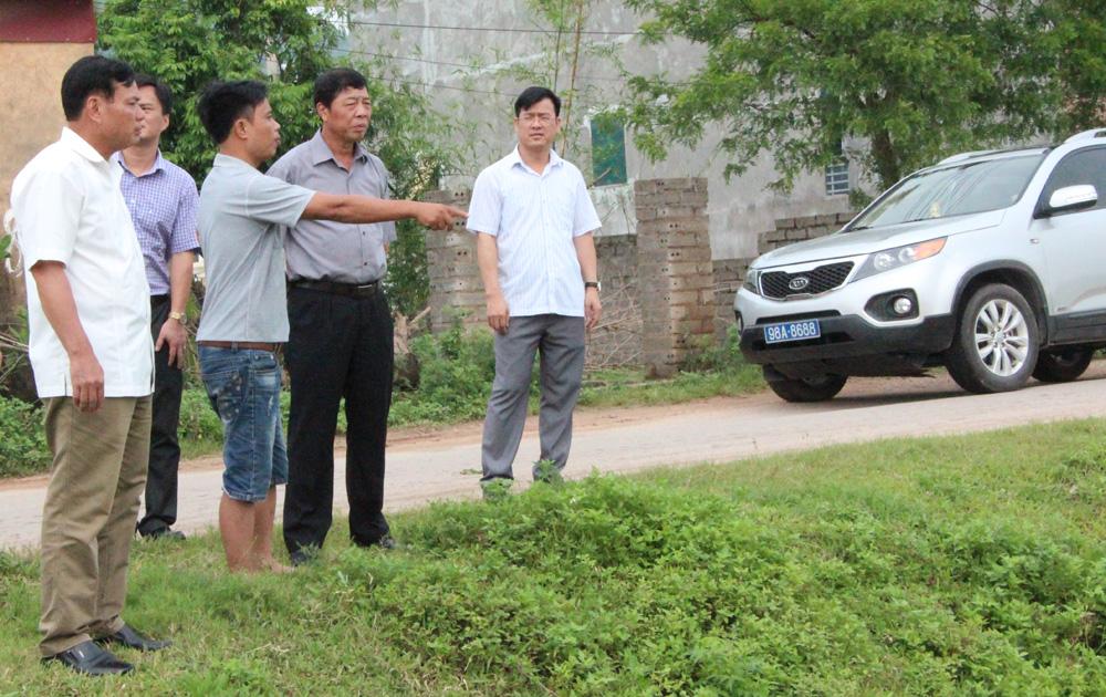 """Bí thư Tỉnh ủy Bùi Văn Hải yêu cầu: Không xử lý rác thải theo kiểu """"đánh trống bỏ dùi"""""""