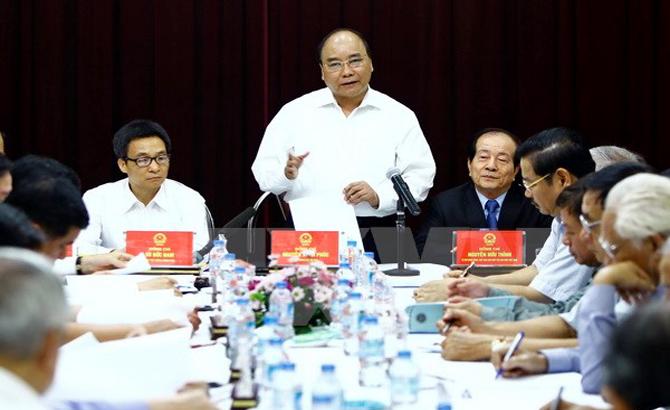 Thủ tướng lắng nghe tâm tư của đội ngũ sáng tác, biểu diễn văn nghệ