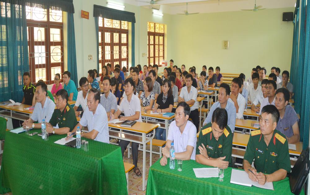 Thêm 60 người được bồi dưỡng kiến thức quốc phòng và an ninh
