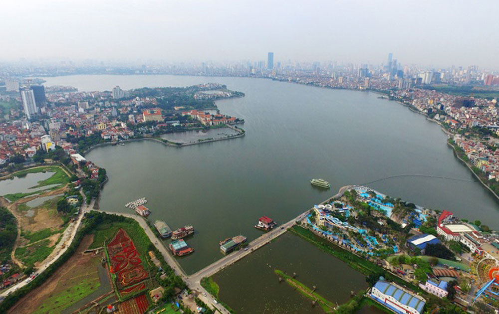 Hanoi to open new pedestrian zone by city's largest lake