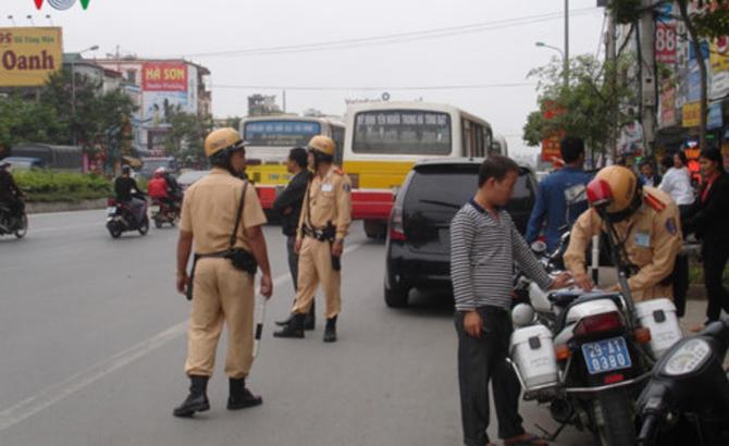 Người tham gia giao thông được sử dụng Giấy đăng ký phương tiện photo