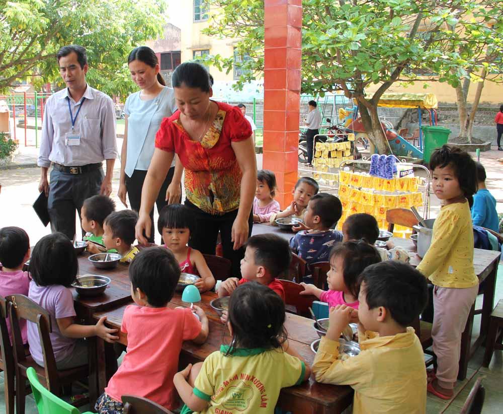 Lạng Giang xét chọn 189 chỉ tiêu hợp đồng giáo viên mầm non