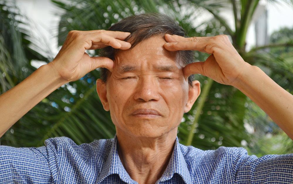 Xoa bóp khỏe não, trị mất ngủ mãn tính