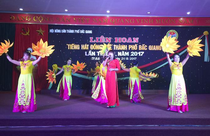 Liên hoan Tiếng hát đồng quê TP Bắc Giang năm 2017
