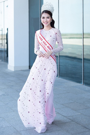 Tường Linh, cử tham dự, cuộc thi, Hoa hậu Liên lục địa