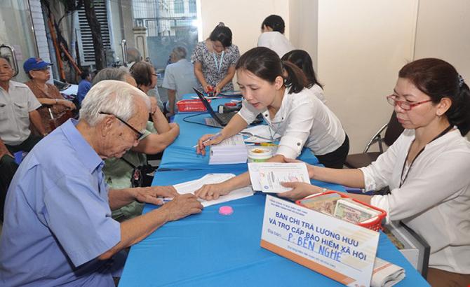 Từ ngày 1-9, tăng trợ cấp cho cán bộ phường, xã, thị trấn đã nghỉ việc