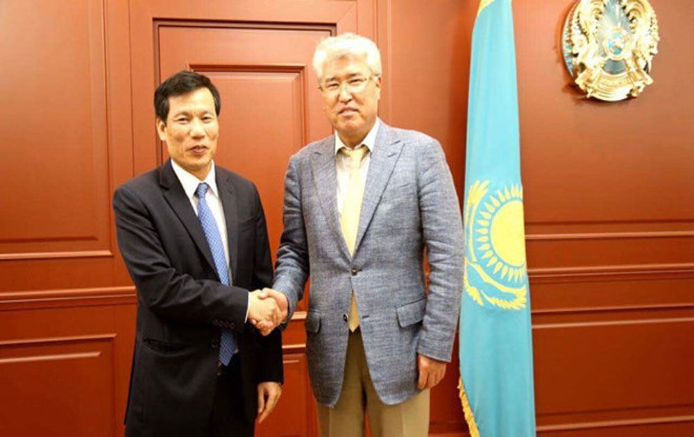 Vietnam, Kazakhstan enhance cooperation in culture and sports