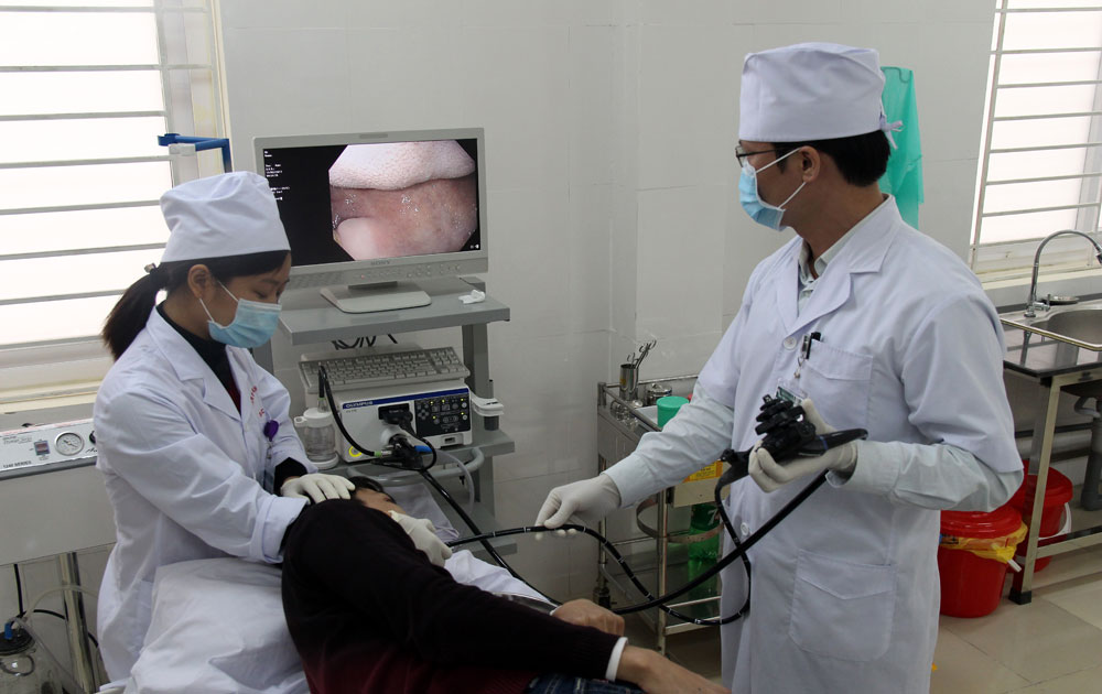 Bac Giang Oncology Hospital successfully implements endoscopic technique for large-sized colon polyp surgery