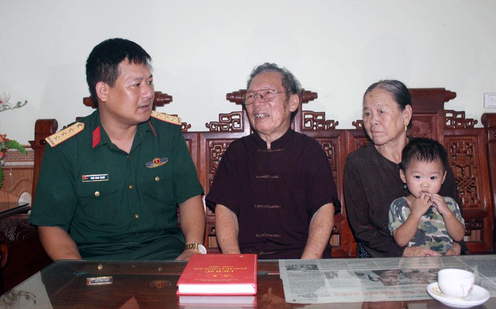Cán bộ tiền khởi nghĩa, Nguyễn Hùng, gian nan, không chùn bước