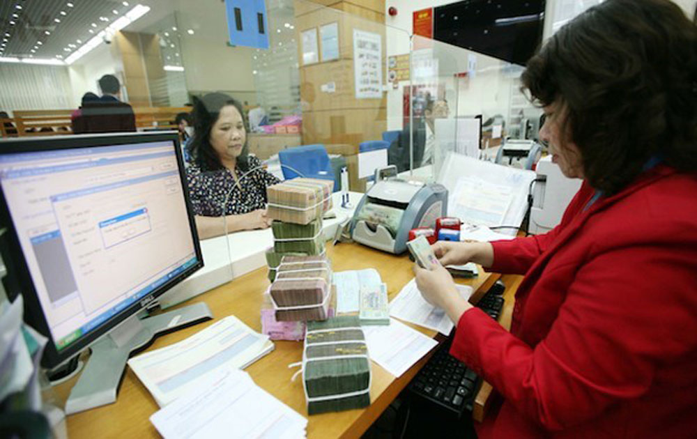 State budget collection hits over 623 trillion VND in eight months
