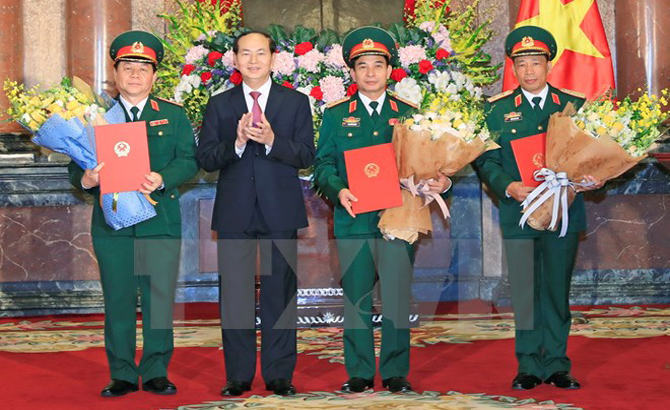 Chủ tịch nước trao quyết định thăng quân hàm cho các sĩ quan cấp cao