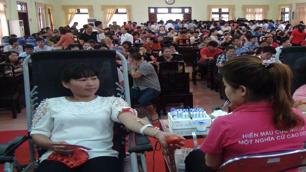 """Yên Thế tổ chức """"Ngày hội hiến máu tình nguyện"""" năm 2017"""