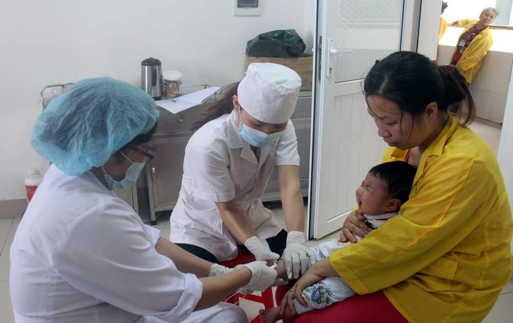 Chủ động phòng, chống bệnh viêm não do vi-rút